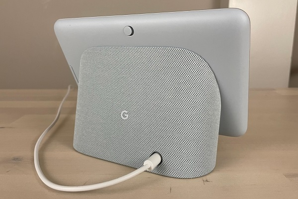 Google Nest Hub (2nd gen) review: is It Good?